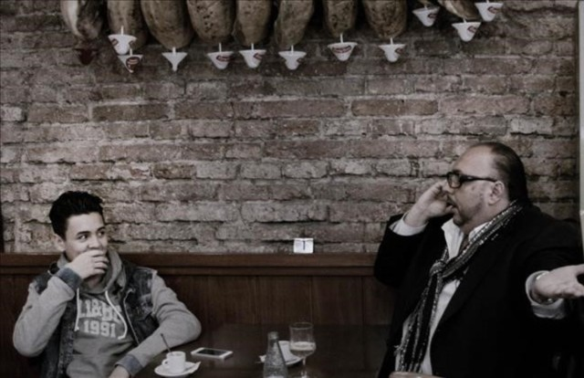 ICULT fotogramas del documental PETITET  de CARLES BOSCH